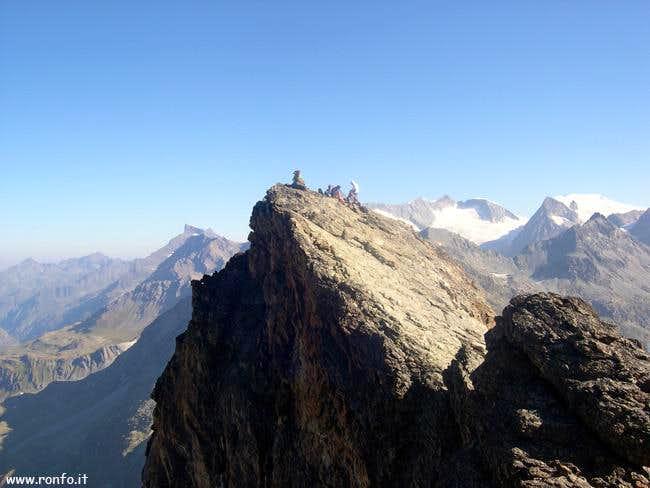 The top of theTrouma des...