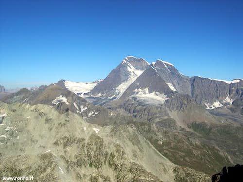 The Grand Combin massif (4314...
