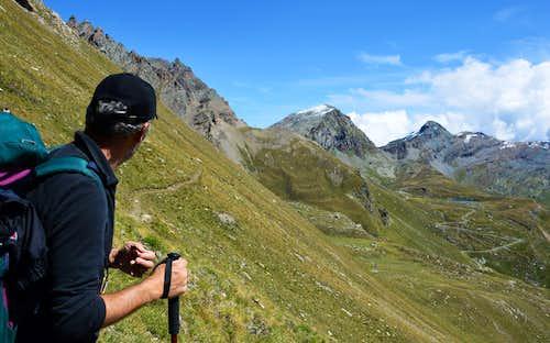 A classic traverse through the Fenêtre de Champorcher  (2.826m)