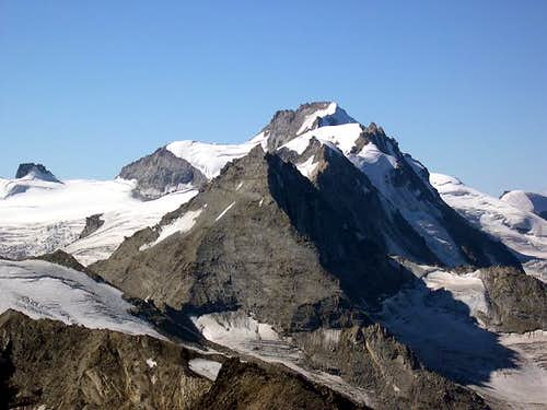 Southwards view of Herbetet <br>from the summit of Punta Rossa della Grivola