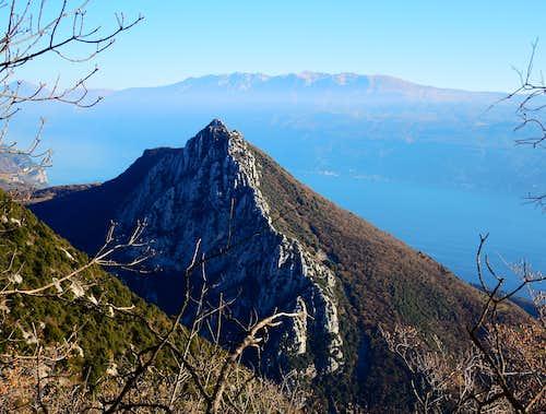 Monte Castello di Gaino seen from Pizzocolo South Ridge