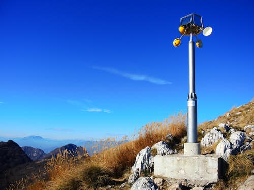 Pizzocolo anemometer, just before the top