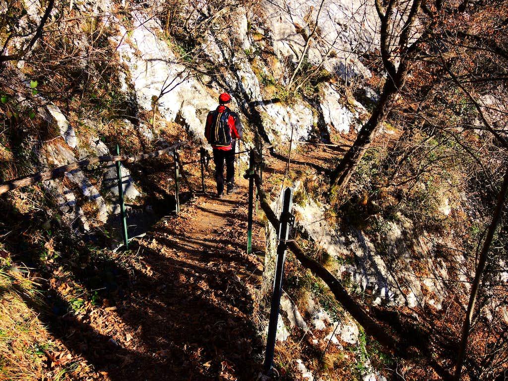 Pizzocolo S ridge, the bridge along the approach path