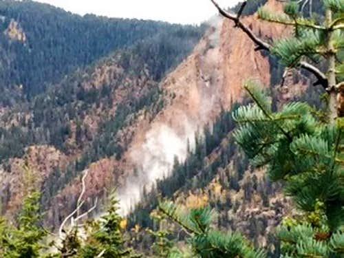 2015 Burnt Timber Creek Rockfall