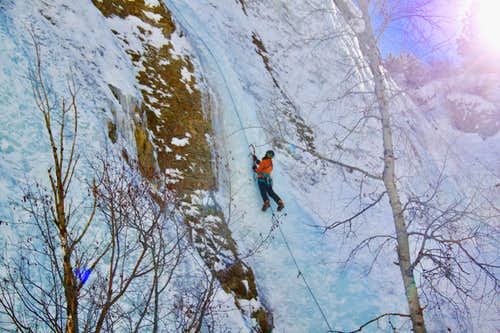 Rope soloing in Lake City.