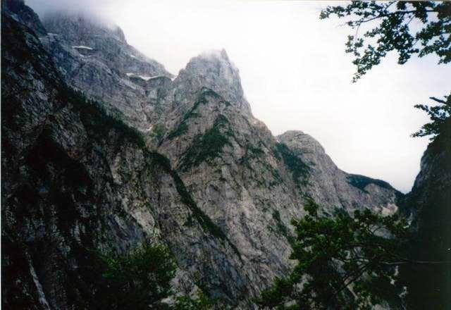 Zadnjica valley. 12.7.2001