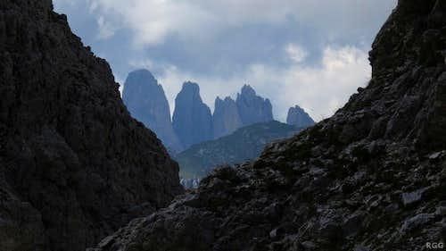 Zooming in on Gran Fermeda (2873m) from high on Gran Cir