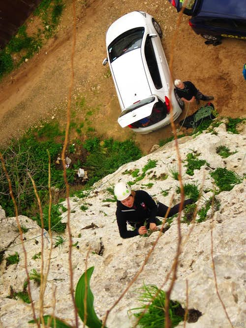 You can belay from your car at Monolith Buttress