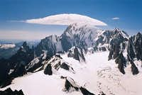 An UFO above Mont Blanc...