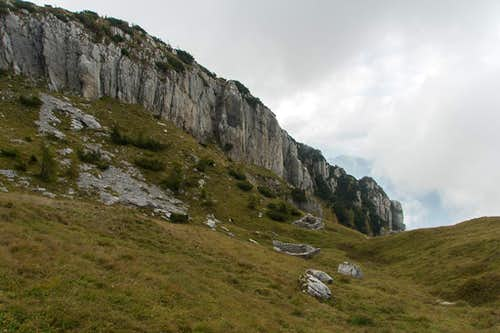 Rock face above the ruined Casera Borga