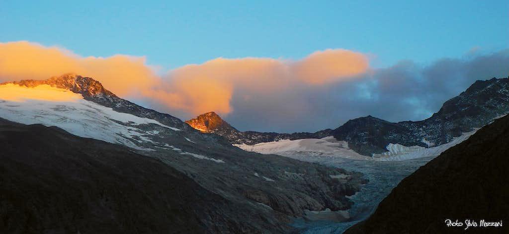 Zillertal Alps at sunset from Berliner Hütte