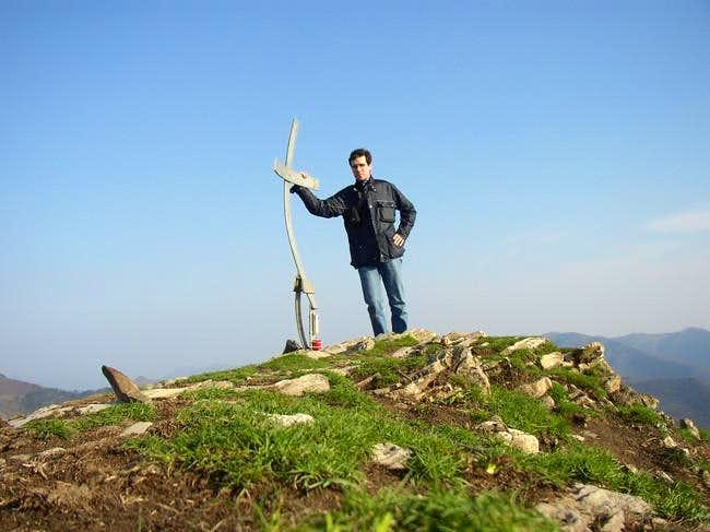 Me on top of Alpesisa 989 mt...