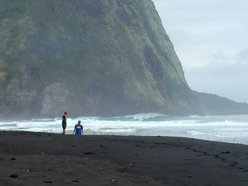 Black Sand Beach, Waipi'o Valley