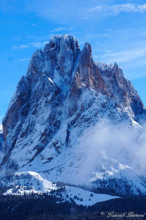 The Sassolungo/Langkofel NW Face (10436 ft / 3181 m)