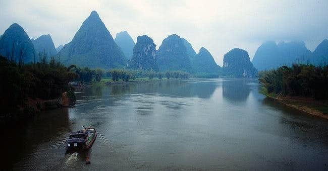 Cruising on the Li (Lijiang)...
