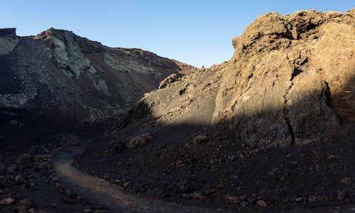 Heading to the inside of Montaña del Cuervo