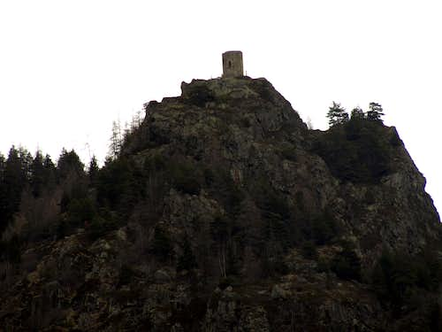 Tornalla's Tower located on rocky promontory 2017