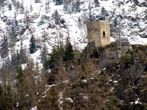 Tornalla's Tower West Face from North-northwest 2017