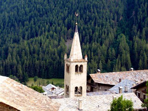 Buthier Bara ... above Saint Oyen Commune 2016