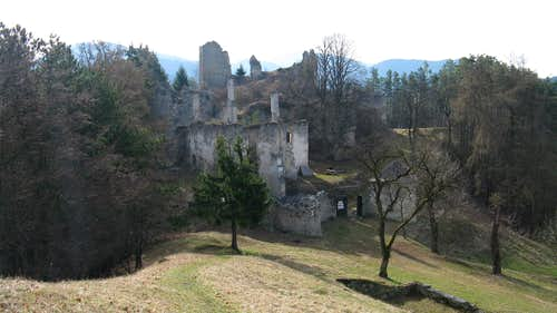 Sklabina Castle Hill