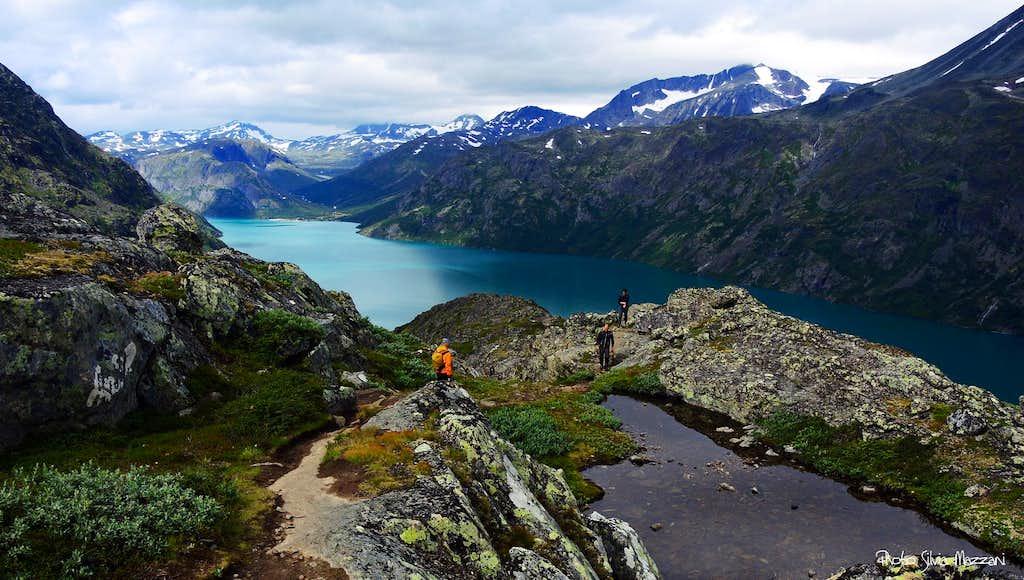 Knutshøe, the descent route
