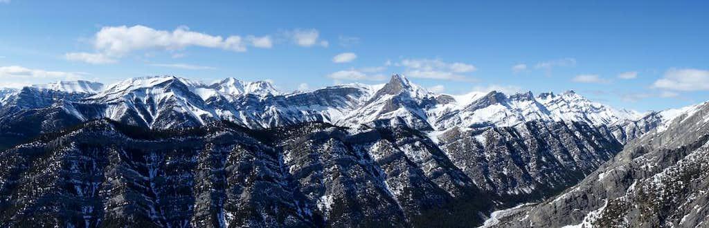 Loder Peak summit panorama