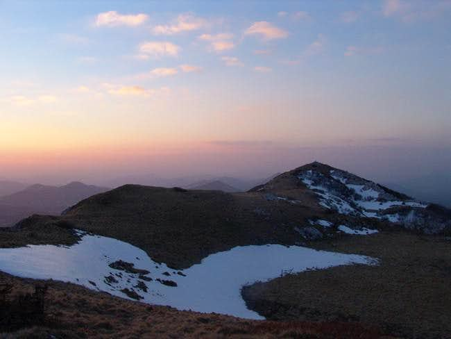 Sunset at Bjelolasica´s mountain ridge with the summit Kula (1,534 m) on the right
