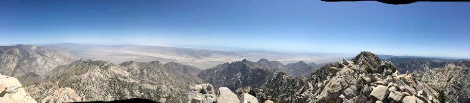 Picacho del diablo Summit view 360 part 2 East face