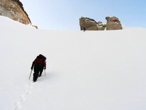 Reaching the col.